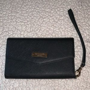 Kate Spade New York Saffiano leather phone wallet